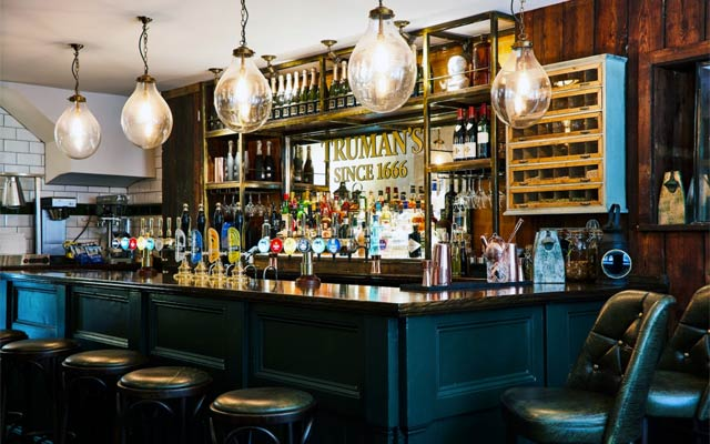 The Newman Arms - Pubs in Fitzrovia
